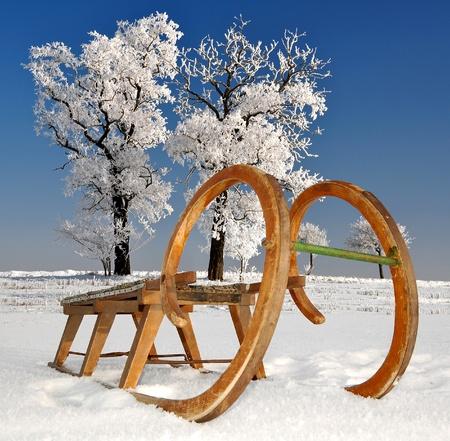 trineo: trineo de madera vieja Foto de archivo