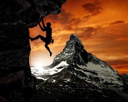 grimpeurs dans les Alpes suisses