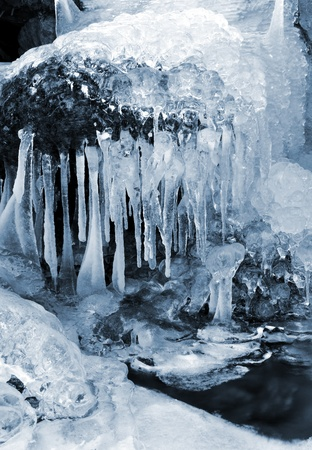 wintrily: inverno torrente nel parco nazionale Sumava - Repubblica Ceca