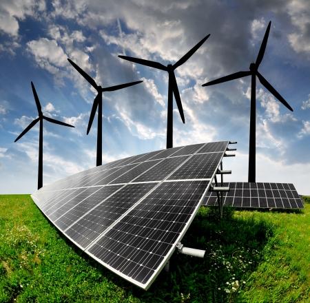 ahorro energetico: paneles de energ�a solar y turbinas de viento