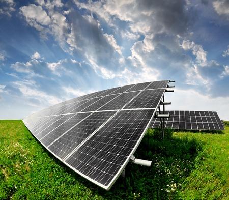 Alternativ: Solar panels in the sunset