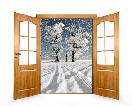 puertas abiertas: Abre la puerta al paisaje de invierno