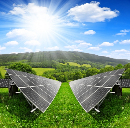 silicium: Solar energy panels in spring landscape