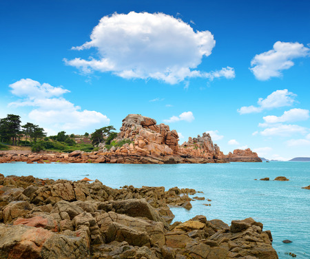 ploumanach: Ploumanach, Pink Granite Coast, Brittany, France  Stock Photo