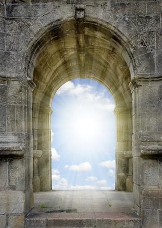 Tor zum Himmel Standard-Bild