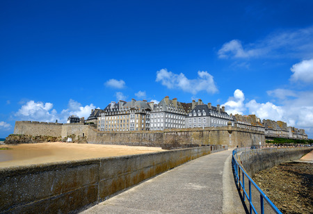 st  malo: Saint Malo city walls, Brittany, France, Europe