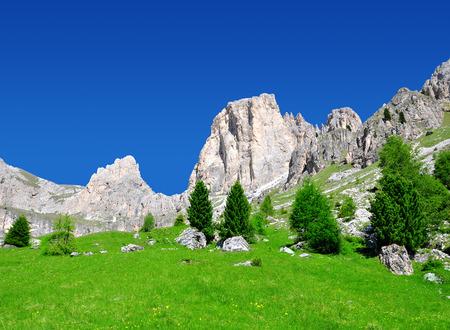 italien: Beautiful mountain landscape in sunny day. Valle del Vajolet in Dolomites,Italien Alps