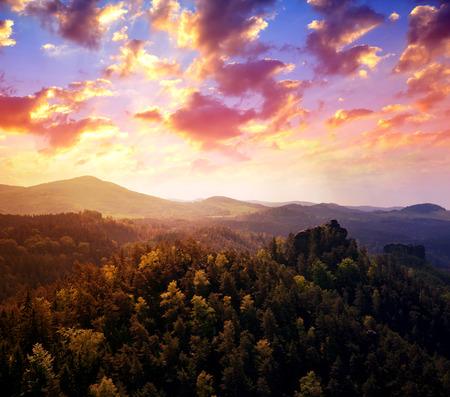 czech switzerland: View from the rocky lookout Vileminina stena on morning landscape of Bohemian Switzerland, Czech Republic. Archivio Fotografico