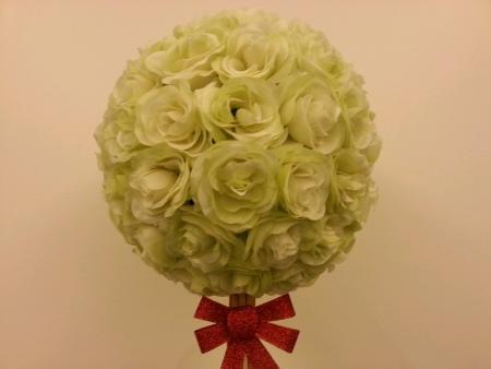 hydrangea macrophylla: White hydrangea macrophylla flower