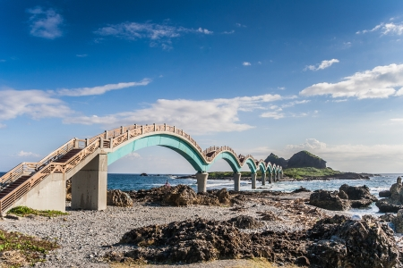 Arched bridges to the platform of three immortals in Taiwan