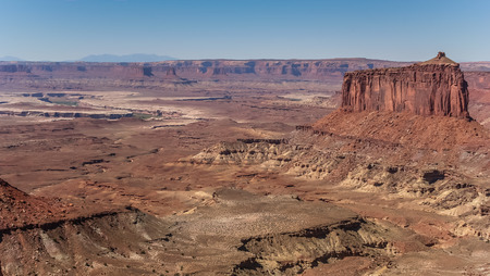 butte: Butte in Canyonlands National Park, United States