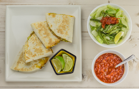 ejotes: Mexican quesadillas with chicken, green beans salad and salsa