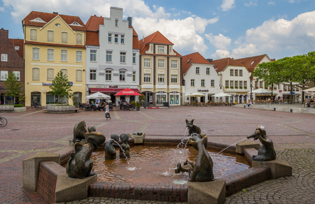 central market: Fountain at the central market square in Lingen, Germany