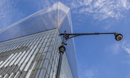 freedom tower: Street light at the Freedom Tower in New York City, America