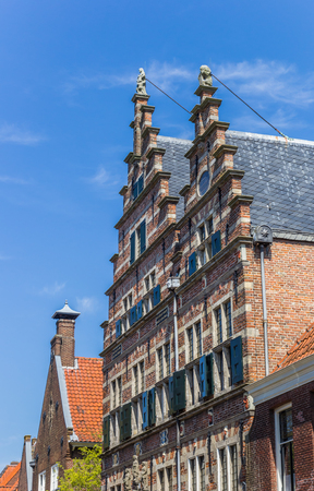 noord: Decorated facade of the old town hall in Naarden, Holland
