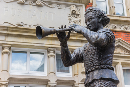 Statue of the Pied Piper of Hamelin in Hameln, Germany Standard-Bild