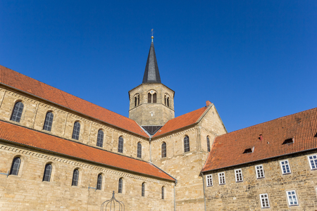 st german: Sde view of the St. Godehard church in Hildesheim, Germany