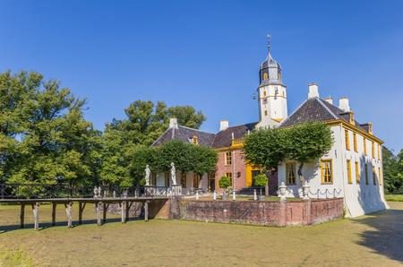 Vieux manoir hollandais Fraeylemaborg à Slochteren, Hollande