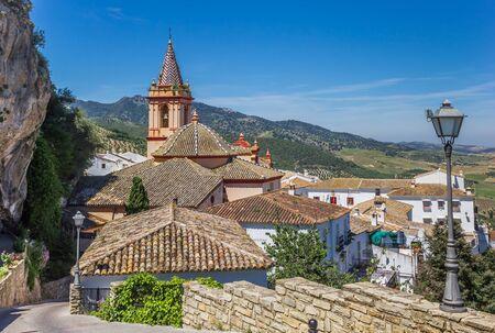 Santa Maria church on top of the hill in Zahara de la Sierra, Spain Standard-Bild