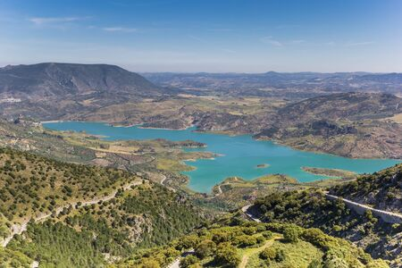 Turquoise lake near Zahara de la Sierra, Spain Imagens