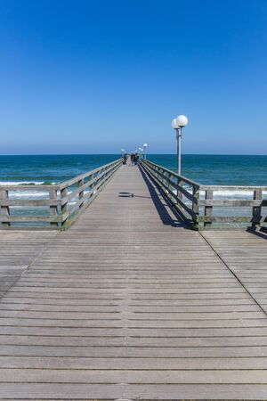 Wooden sea bridge Seebrucke in Binz on Rugen Island, Germany Imagens
