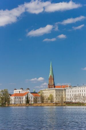 View over Burgsee lake and historic city Schwerin, Germany Imagens - 132845925