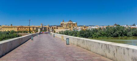 Panorama of the roman bridge in Cordoba, Spain Imagens