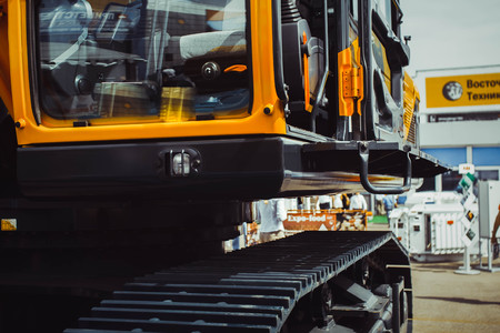 gratings: Crawler mini excavators are new at the mining exhibition