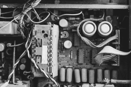 the old Soviet amplifier dismantled in the dust