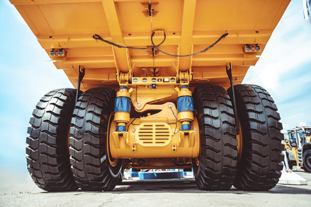 Cargo tires are new at the mining exhibition Imagens - 124706838