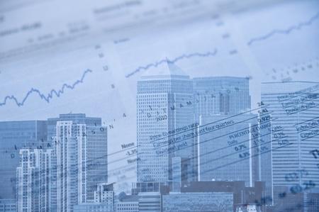 usunięta: London dzielnicy finansowej obrazu z Marek usuniÄ™te i obrazu podane niebieski sygnaÅ'u do reprezentowania zimnej stronie biznesowych i finansów