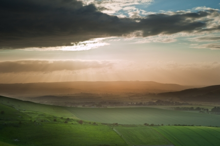 nautral: Stunning landscape at sunset over rolling English countryside