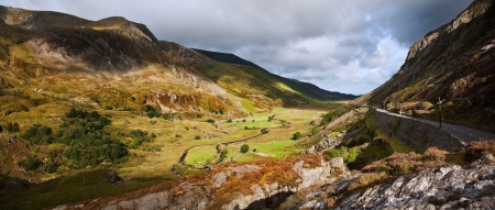 nant: View of Nant Ffrancon valley from Ogwen in Snowdonia National Park Stock Photo