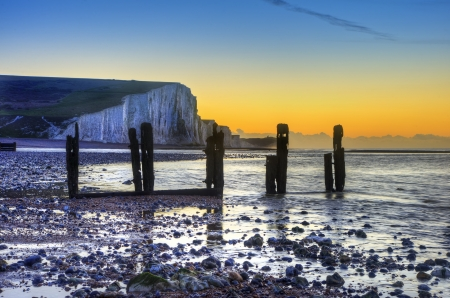 seven sisters: Seven Sisters cliffs during Winter sunrise