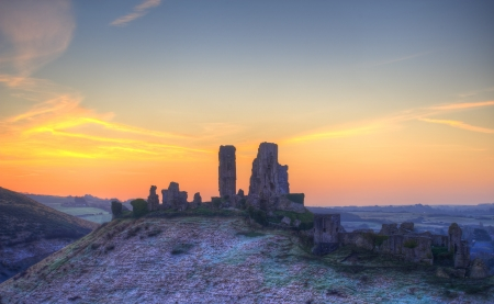 Winter pre-dawn colourful sunrise over Corfe Castle  Stock Photo - 19264284