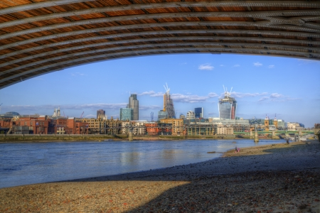 Low tide River Thames and London city skyline including St Paul Stock Photo - 19431069