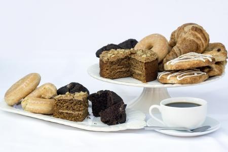 El caf? y el ajuste de desayuno buffet continental aptries Foto de archivo - 20434870