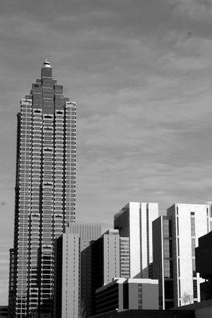 Uitzicht op de stad in zwart en wit