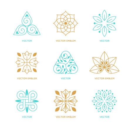 terapia psicologica: Vector conjunto de plantillas de dise�o de logotipo y s�mbolos de estilo lineal moda - emblemas org�nicos, conceptos naturales y medicina alternativa y signos centros hol�sticos