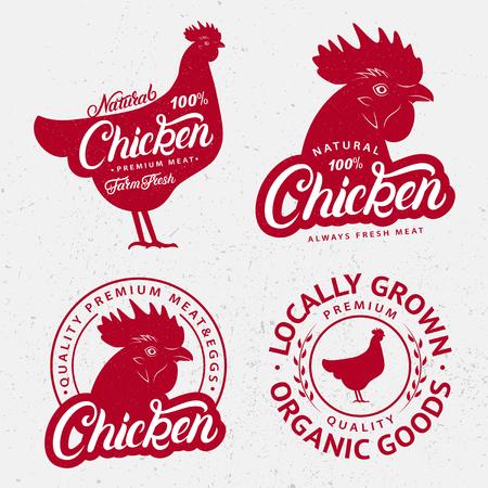 Conjunto de logotipos de pollo, etiquetas, grabados, carteles para carnicería, mercado de granjeros, tiendas de carne. Cabeza de gallina roja, siluetas del cuerpo. Palabra escrita a mano de las letras del pollo Estilo vintage. Ilustración vectorial Foto de archivo - 91421711