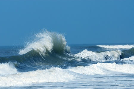 breaking wave: A big and powerful wave breaking