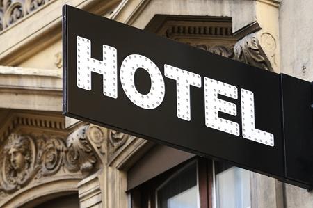4 star: Illuminated urban hotel sign