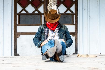 SUD OVEST - Un cowboy vuole tempo per riposare e riflettere.