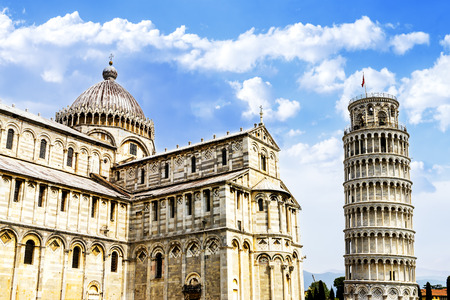 leaning tower of pisa: Pisa, place of miracles: the leaning tower and the cathedral baptistery, tuscany, Italy  Stock Photo