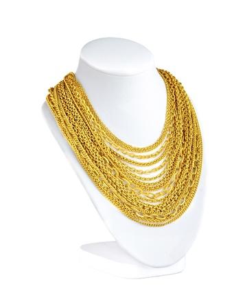 collares: una gran cantidad de atractivos collares de oro para que usted elija Foto de archivo