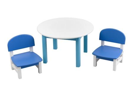 illiteracy: Peque�o escritorio y sillas para ni�o bueno para uso en el hogar o jard�n de infantes