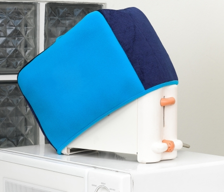 Electric bread toaster with cover cloth for protect dust or dirty photo