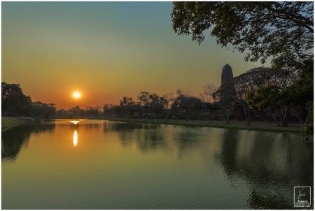 Amazing sunrise at Ayuttaya Temple. Stock Photo