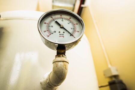 Pressure gauge, Measuring instrument, Pressure gauge or pressure indicator reading pressure square.