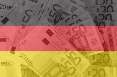 banconote euro: trasparente bandiera tedesca con banconote in euro Archivio Fotografico